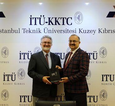 Kıbrıs Vakıflar İdaresi Üniversitemizi Ziyaret Etti