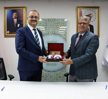 İTÜ-KKTC ile Yunus Emre Enstitüsü Arasında İş Birliğine Yönelik Protokol İmzalandı