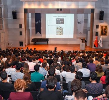 The First Lecture of 2018-2019 Academic Year at İTÜ: Artificial Intelligence